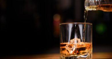 Karnataka will conditionally reopen liquor stores from May 4. Read more at: https://www.deccanherald.com/state/top-karnataka-stories/coronavirus-lockdown-hic-hic-hurray-karnataka-to-allow-booze-sale-f