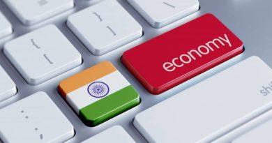 India's Economy Seen Easing