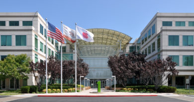 Apple first US organization to hit
