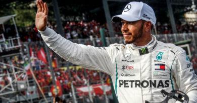 Lewis Hamilton Condemns