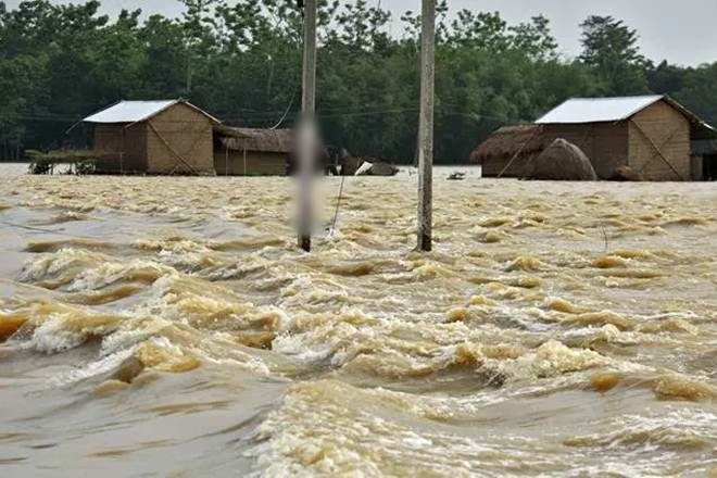 Floods lower in excess of 175 towns