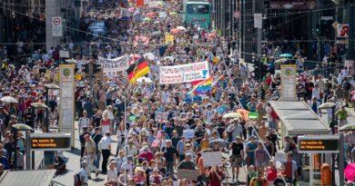 17K people rally
