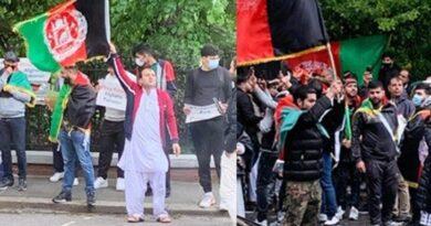 Afghan migrants protest